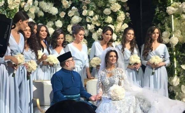Quốc vương Malaysia cưới Hoa hậu Moskva ảnh 1