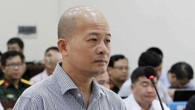"""Cách hết các chức vụ của hai ông Nguyễn Ngọc Thư và Đào Ngọc Tuấn vì liên quan đến Út """"trọc"""" ảnh 1"""