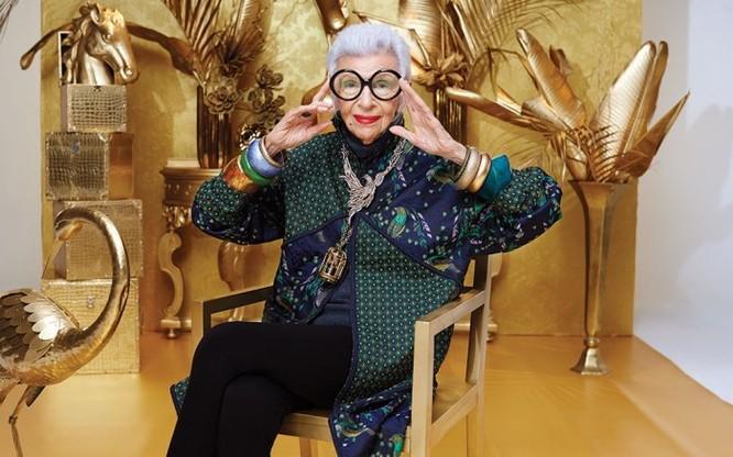 """Cụ bà 97 tuổi - """"con chim quý"""" của thế giới thời trang ảnh 7"""