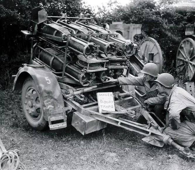 """Đức từng sản xuất súng cối 6 nòng Nebelwerfer đối chọi với BM-13-""""Katyusha"""" của Liên Xô ảnh 3"""