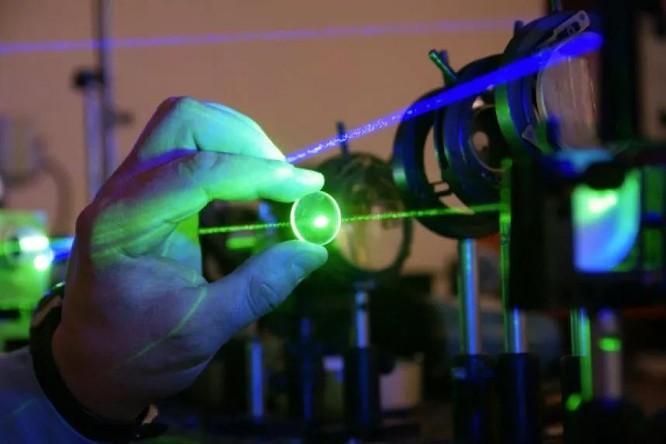 Bài 2: Những phát triển vũ khí laser mới ảnh 2