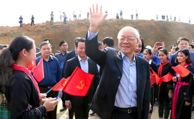 """Ra mắt tác phẩm """"Tổng Bí thư, Chủ tịch nước Nguyễn Phú Trọng với tình cảm của nhân dân trong nước và bạn bè quốc tế"""" ảnh 3"""