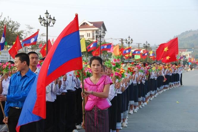 Những người BIDV ở nước bạn Lào ảnh 2