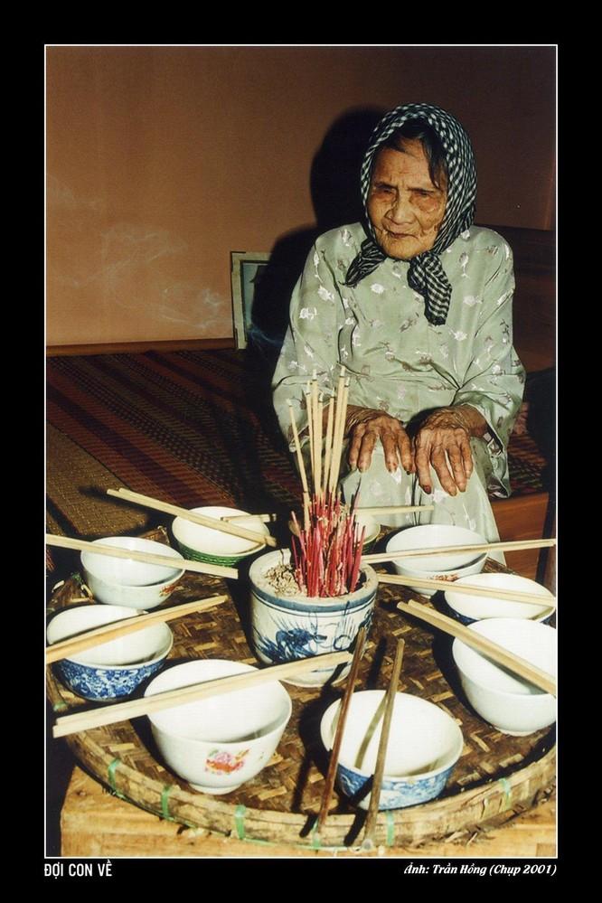 Nghệ sĩ Trần Hồng và hành trình đưa Mẹ và Đại tướng tới Ba Lan ảnh 3