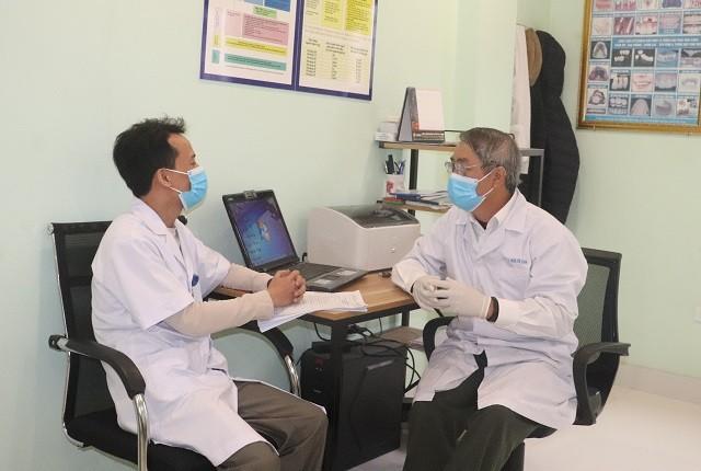 """Bác sĩ- tình nguyện viên Đặng Minh Vụ: """"sẵn sàng đi bất cứ nơi đâu chống dịch bất kể ngày đêm"""" ảnh 1"""