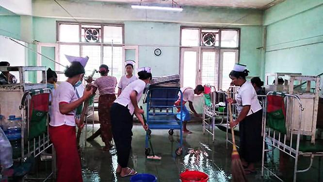 Lo ngại leo thang tại Myanmar khi dịch Covid-19 bùng phát ảnh 1