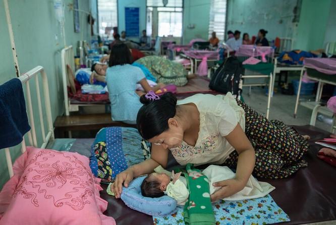 Lo ngại leo thang tại Myanmar khi dịch Covid-19 bùng phát ảnh 2