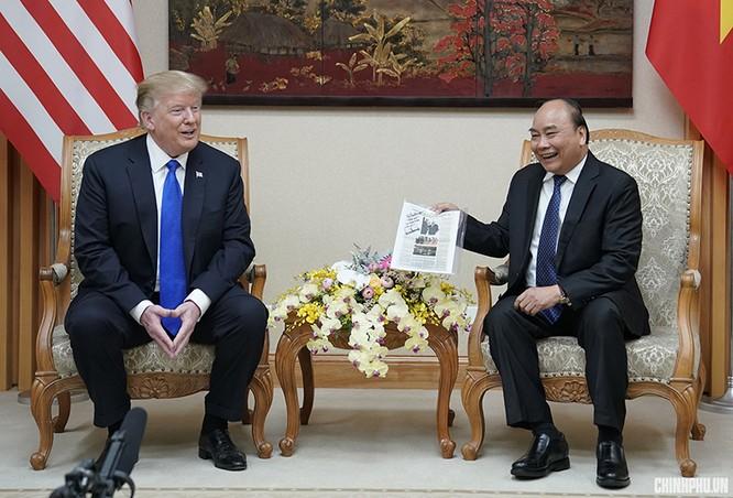 Món quà Thủ tướng Nguyễn Xuân Phúc mang đến Nhà Trắng tặng ông Trump ảnh 2