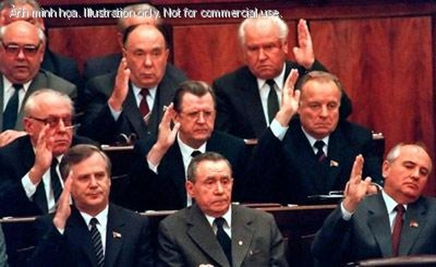 Đại hội cuối cùng của ĐCS Liên Xô diễn ra như thế nào và ai đã phá nó? ảnh 2