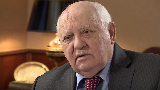 """Lần đầu tiết lộ: Giữa """"bầy sư tử"""" ai lách đưa """"cừu non"""" Gorbachev lên đỉnh cao quyền lực? ảnh 2"""