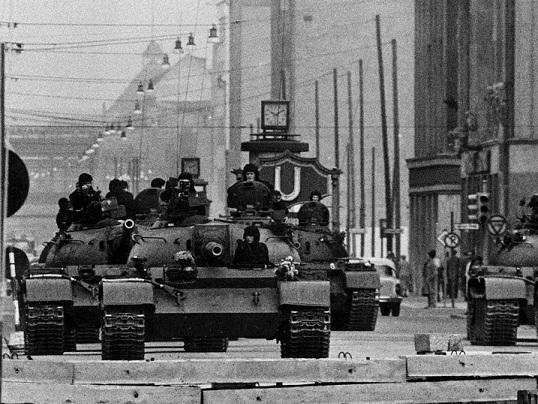 Ngay từ 1961 thế giới đã ở bên bờ vực Thế chiến 3 ảnh 2