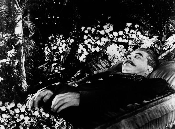 CIA từng xây dựng kịch bản khủng khiếp như thế nào để phá Liên Xô nếu Stalin qua đời? ảnh 1