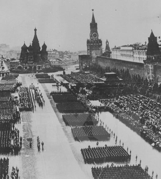Thiên tài quân sự Stalin đã lừa cả tình báo Đức lẫn Liên Xô như thế nào? ảnh 1