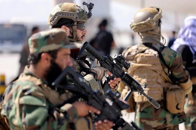"""Taliban - """"quái vật"""" phản chủ mà người Mỹ tạo ra ảnh 1"""