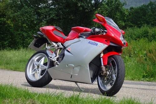 Top 10 môtô tốc độ khủng khiếp nhất thế giới ảnh 7