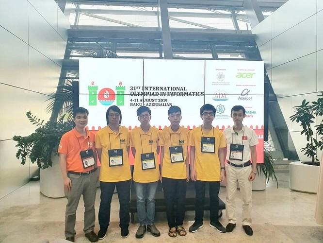 Việt Nam đứng thứ tư trong kỳ thi Olympic Tin học quốc tế ảnh 1