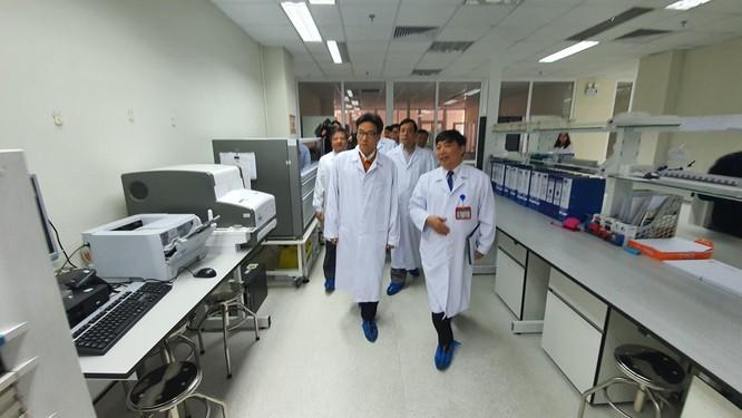 Bộ Y tế yêu cầu các bệnh viện đặc biệt lưu ý người bệnh đến từ Trung Quốc ảnh 3