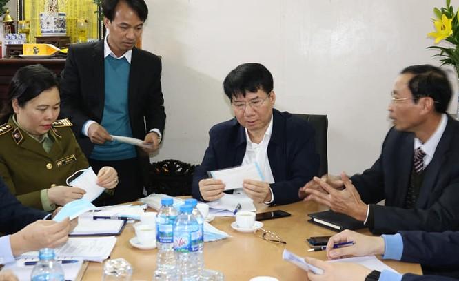 Khan hiếm nguồn nguyên liệu sản xuất khẩu trang chống chủng virus Corona mới ảnh 2
