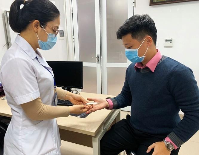 Các bệnh viện lớn khẩn trương chuẩn bị mọi tình huống, sẵn sàng ứng phó với dịch do virus Corona ảnh 4