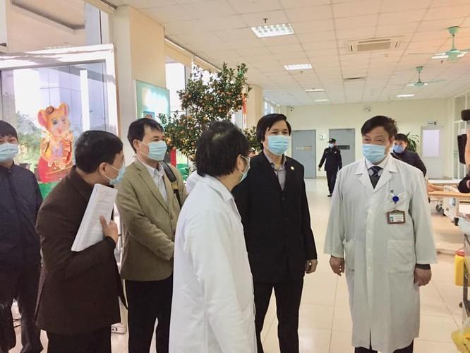 Các bệnh viện lớn khẩn trương chuẩn bị mọi tình huống, sẵn sàng ứng phó với dịch do virus Corona ảnh 3