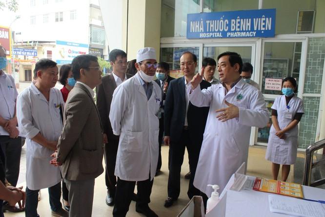 Kiểm tra công tác ứng phó với dịch COVID-19 ở các bệnh viện của Thái Nguyên và Công ty Samsung ảnh 1