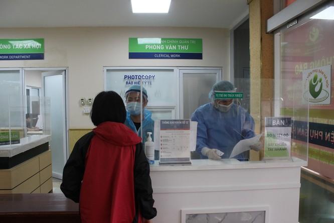 """2 bệnh viện """"bà mẹ"""" đã phòng, chống dịch COVID-19 như thế nào? ảnh 2"""