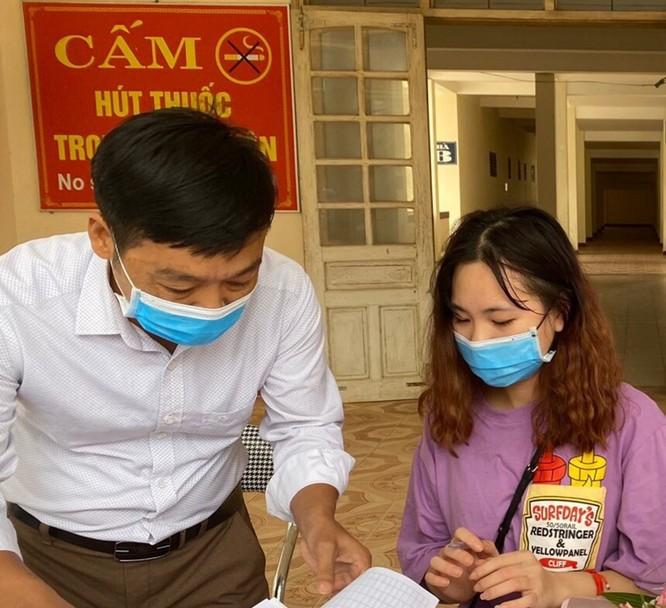 Nữ bệnh nhân mắc COVID-19 ở Hà Tĩnh đã khỏi bệnh ảnh 1