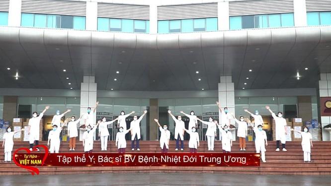 """""""Tự hào Việt Nam"""" – mang lời ca, tiếng hát cổ vũ tinh thần chiến đấu chống dịch COVID-19 ảnh 2"""