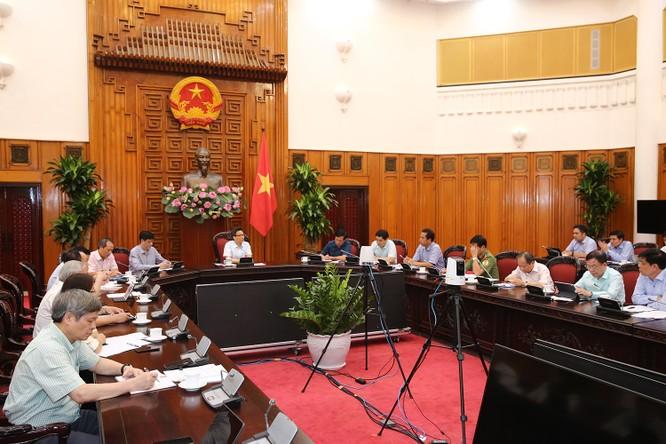 Phó Thủ tướng Vũ Đức Đam: Việt Nam vẫn chưa chiến thắng dịch COVID-19 ảnh 1