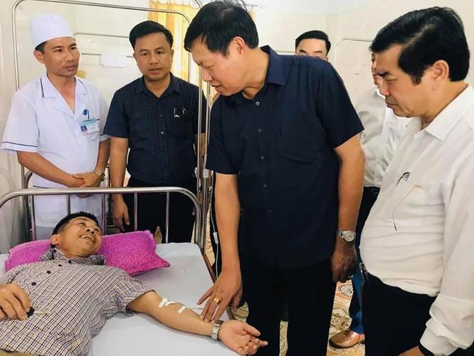 Thứ trưởng Bộ Y tế kiểm tra công tác y tế cơ sở tại Hà Tĩnh ảnh 1