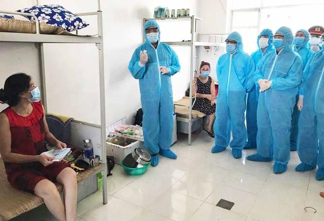 Bộ Y tế yêu cầu kiểm điểm 5 bệnh viện vì buông lỏng công tác sàng lọc COVID-19 ảnh 1