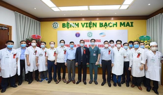 Bệnh viện Bạch Mai bắt đầu triển khai hệ thống khám, chữa bệnh từ xa ảnh 1