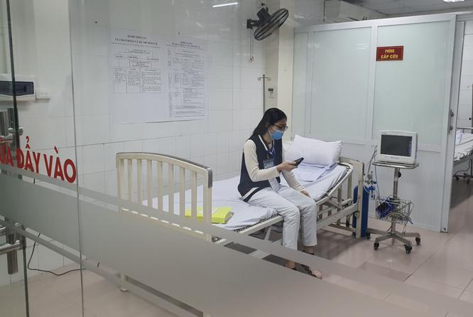 3 cô gái đầu tiên tiêm vaccine phòng COVID-19 liều cao nhất là ai? ảnh 1