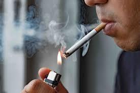 Cảnh giác: Người hay hút thuốc lá, béo phì lọt vào nhóm dễ bị đột quỵ cao nhất khi trời rét đậm ảnh 3