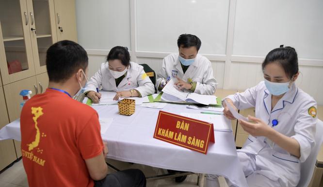 Bộ Y tế cảnh báo nhiều tổ chức, doanh nghiệp giả mạo chào bán vaccine phòng COVID-19 ảnh 1