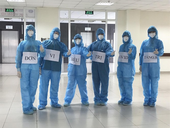 """Nữ bác sĩ từ tâm dịch COVID-19 ở BV Bệnh Nhiệt đới TW: """"Tôi cảm thấy rất an toàn và luôn lạc quan"""" ảnh 2"""
