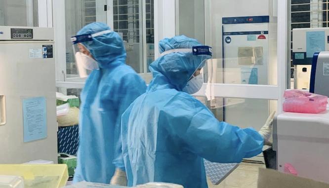 Thủ tướng yêu cầu Bộ Y tế kiểm điểm, xem xét trách nhiệm của 2 bệnh viện tại Hà Nội ảnh 1