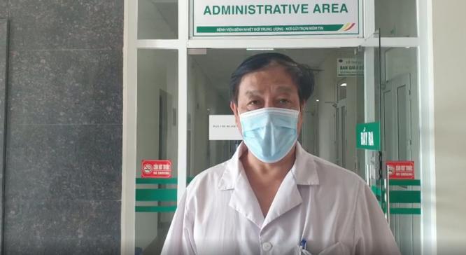 Hơn 700 bác sĩ, bệnh nhân ở bệnh viện tuyến đầu chống COVID-19 bầu cử để lan toả niềm tin ảnh 1