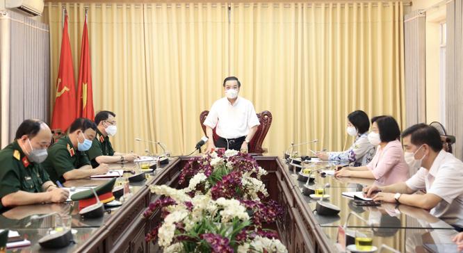 50 ca COVID-19 trong khu cách ly, Chủ tịch Hà Nội yêu cầu giảm mật độ người, không để lây nhiễm chéo ảnh 2