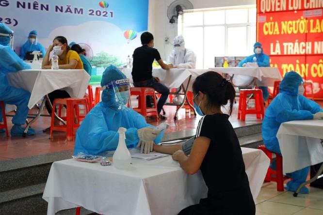 Bắc Giang: Đã tiêm xong 150.000 liều vaccine COVID-19 chỉ trong 5 ngày ảnh 2