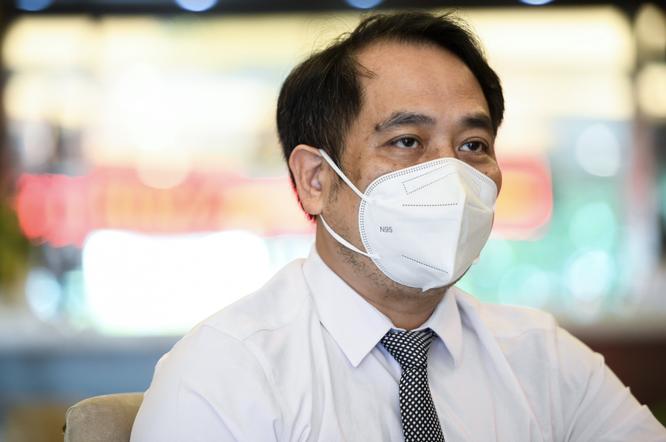 Vì sao Việt Nam không cho bệnh nhân COVID-19 điều trị tại nhà? ảnh 1