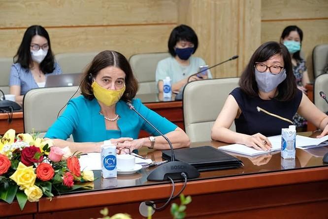 Bộ trưởng Bộ Y tế Nguyễn Thanh Long muốn mở rộng đối tượng tiêm vaccine phòng COVID-19 cho trẻ em ảnh 1