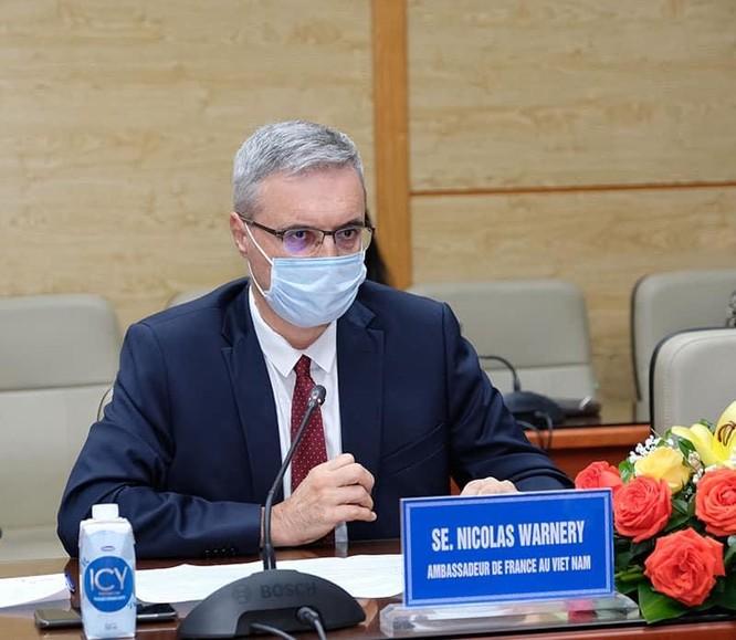 Bộ trưởng Bộ Y tế Nguyễn Thanh Long muốn mở rộng đối tượng tiêm vaccine phòng COVID-19 cho trẻ em ảnh 4