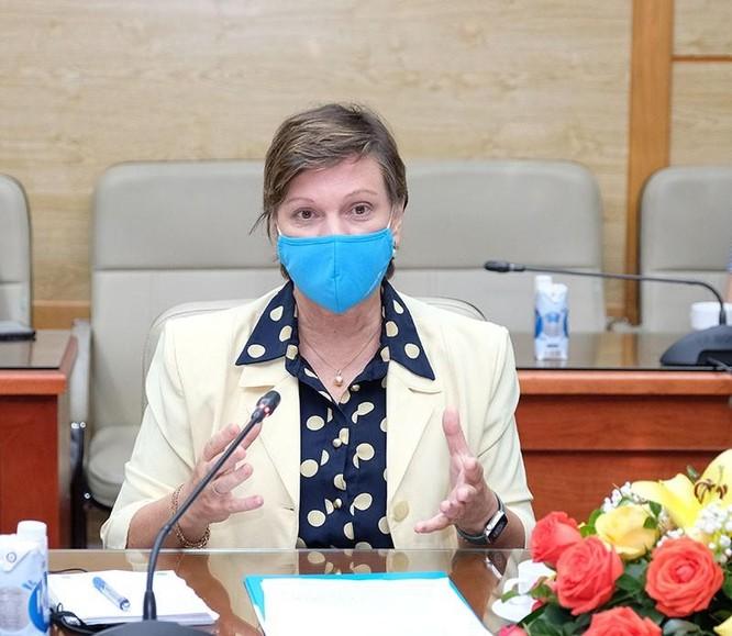 Bộ trưởng Bộ Y tế Nguyễn Thanh Long: Các nguồn vaccine phòng COVID-19 về Việt Nam rất chậm ảnh 2
