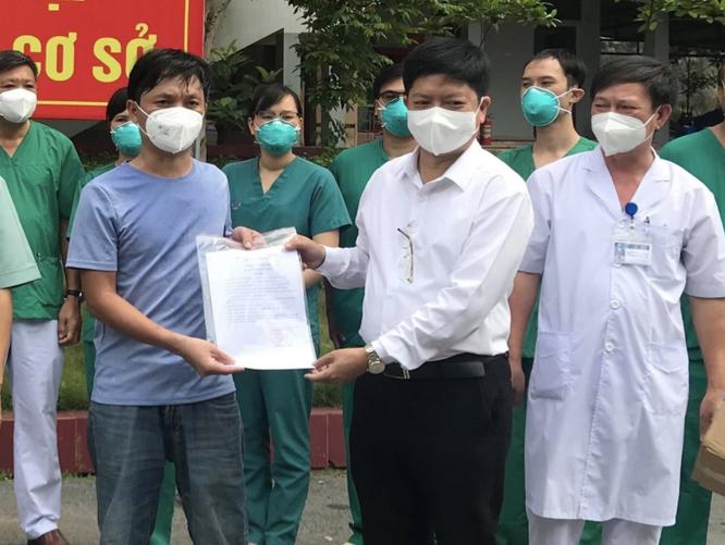 """Bệnh nhân COVID-19 ở Bắc Giang: """"Gần 20 ngày chiến đấu với tử thần, các bác sĩ đã không bỏ rơi tôi"""" ảnh 1"""