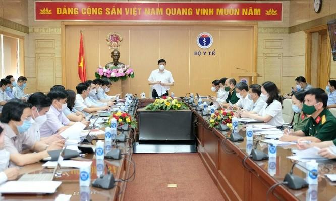 Bộ trưởng Bộ Y tế: 8 triệu liều vaccine phòng COVID-19 sẽ về Việt Nam trong tháng 7 ảnh 1