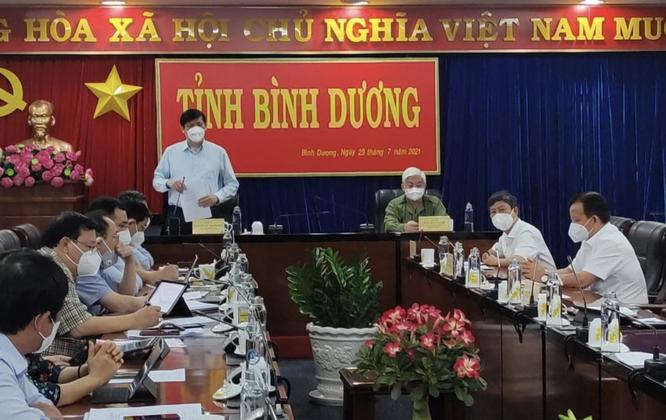 Bộ trưởng BYT Nguyễn Thanh Long trực tiếp kiểm tra Trung tâm hồi sức COVID-19 ở Bình Dương ảnh 1