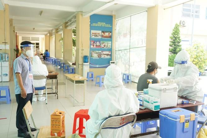 TP. HCM và Hải Phòng triển khai tiêm vaccine phòng COVID-19 Vero Cell của Sinopharm như thế nào? ảnh 1