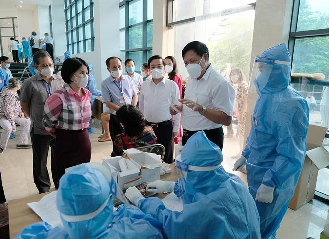 Hà Nội đã tiêm hơn 5 triệu liều vaccine COVID-19 cho người dân ảnh 2