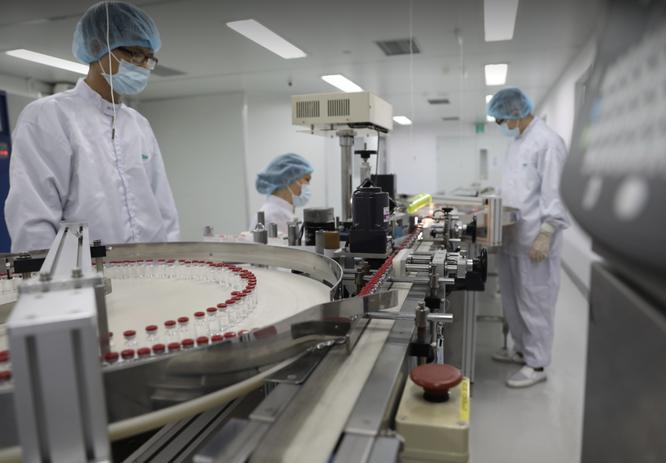 Việt Nam sản xuất thành công lô vaccine COVID-19 Sputnik V đầu tiên ảnh 1